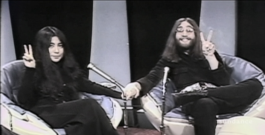 photo of John Lennon and Yoko Ono