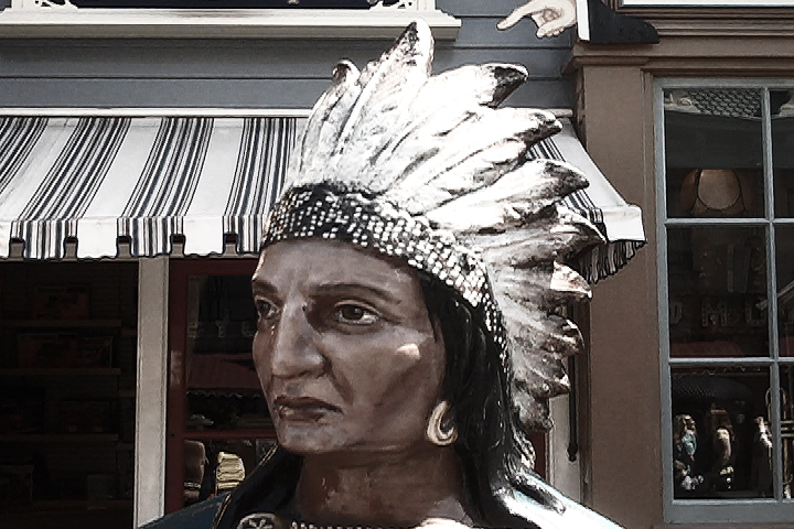Photo of an Indian statue