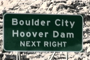 photo of a highway sign for Hoover Dam