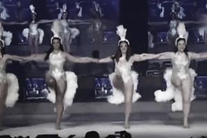 photo of Showgirls dancing